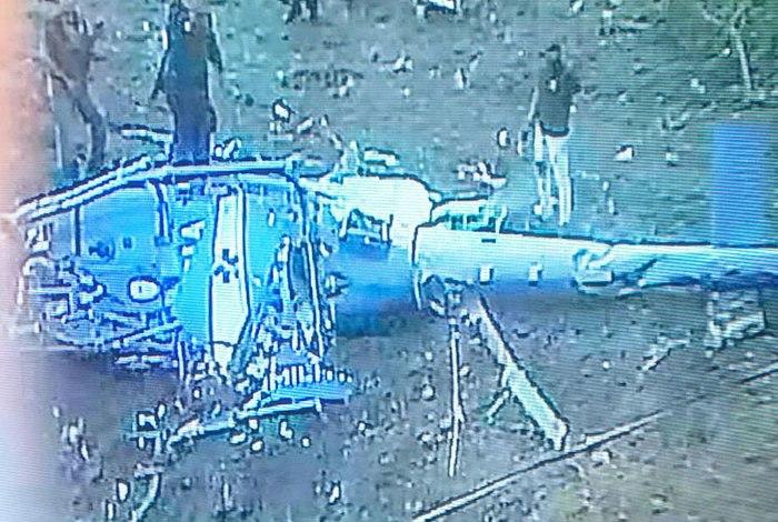 Rio de Janeiro: Helicóptero da Polícia Militar cai durante operação e quatro policiais morrem.
