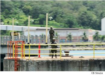 ADSUMUS: Grupamento de Fuzileiros Navais de Salvador (GptFNSa) participa de exercício de defesa no Porto de Aratu