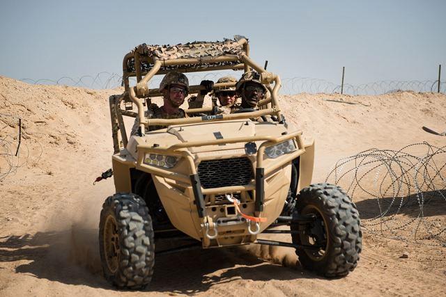 Fuzileiros Navais Americanos (United States Marine Corps – USMC)  adquirem veículos leves de reconhecimento 4×4 Polaris MRZR-D4