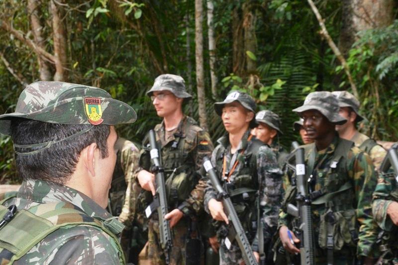 Welcome To The Jungle : Conheça o treinamento que o Exército Brasileiro dá para militares estrangeiros