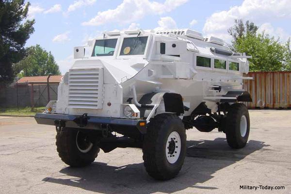 Casspir veiculo que serviu de base para as especificações do Programa MRAP dos EUA.