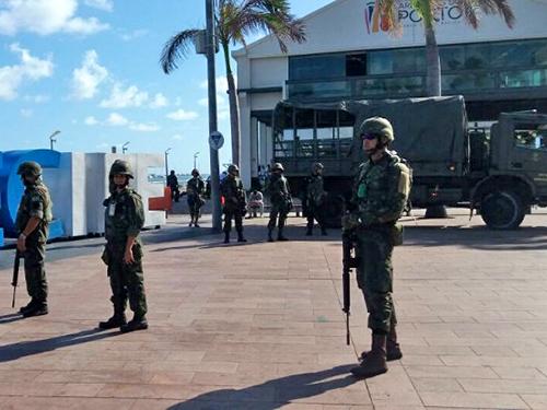 ADSUMUS: Grupamento de Fuzileiros Navais de Natal (GptFNNa) apoia segurança na região metropolitana de Recife