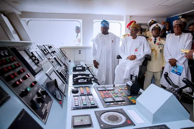 EXCLUSIVO: Marinha nigeriana comissiona 30 embarcações para responder ao desafio dos piratas no Golfo da Guiné (e dar uma satisfação à comunidade internacional)
