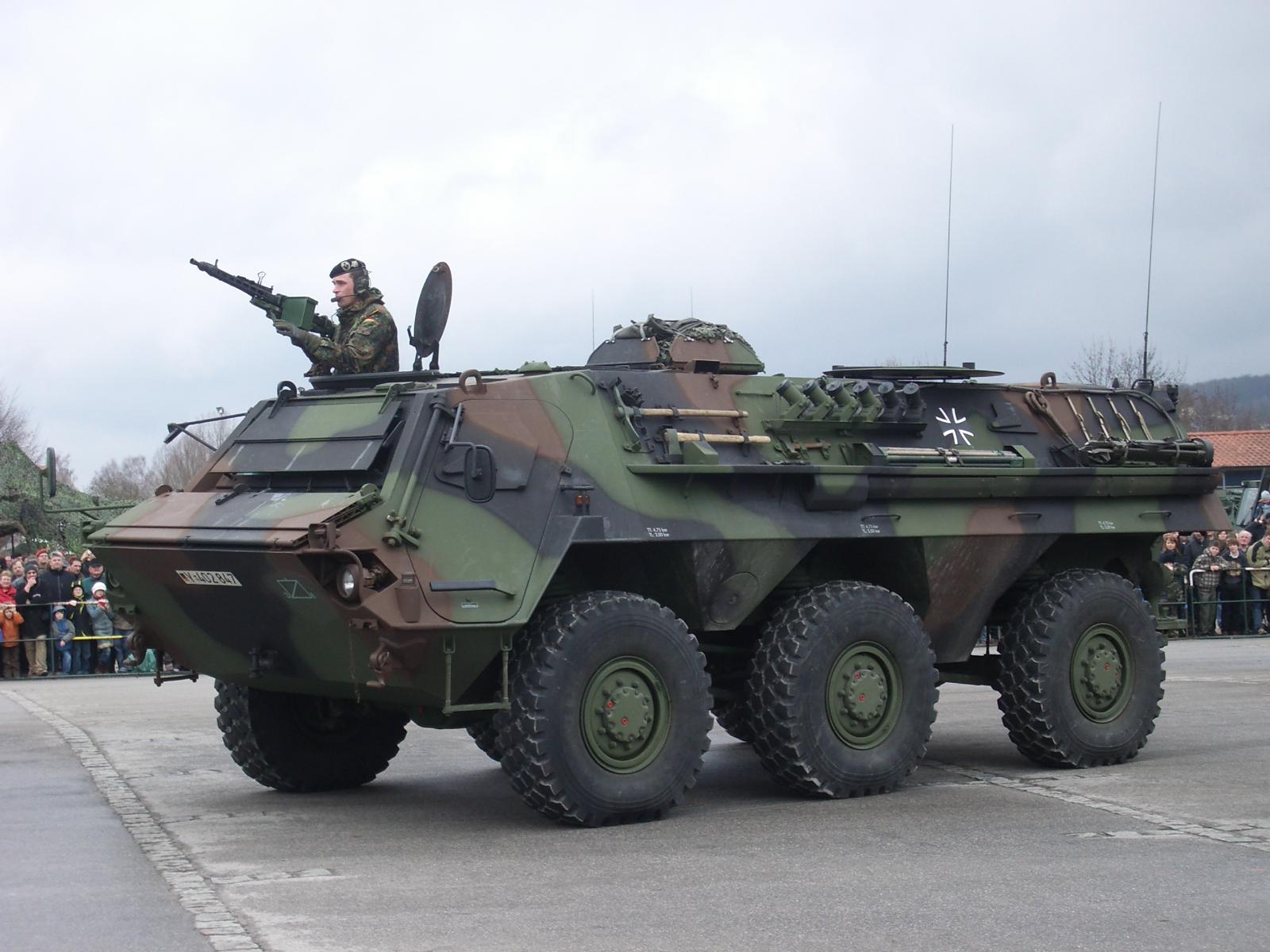Exército alemão assina contrato de 135 milhões de Euros com a Rheinmetall para a  modernização de viaturas Fuchs/Fox