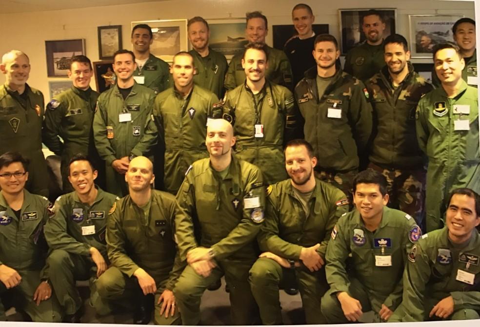 Pilotos do Brasil lideram combate aéreo pela 1ª vez com Gripen, novo caça do país