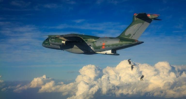 ORÇAMENTO: Congresso aprova repasse de R$ 200 milhões para compra de 2 KC-390