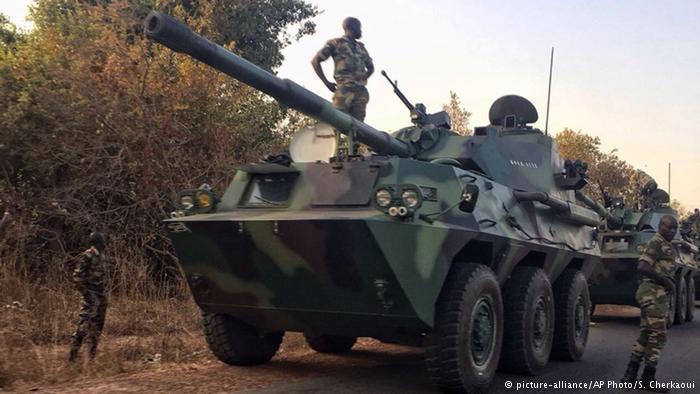 ÁFRICA: Tropas do Senegal entram na Gâmbia para expulsar ex-presidente
