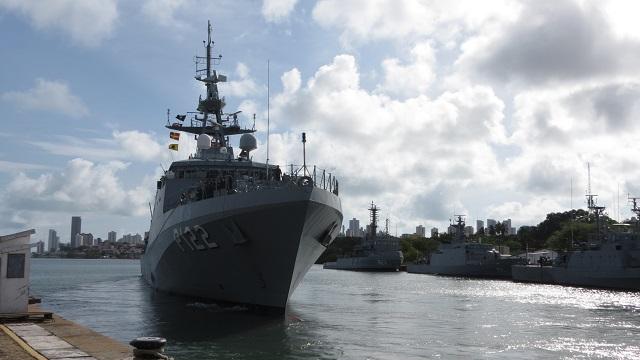 EXCLUSIVO Missão África: Mesmo sem dinheiro, Marinha tentará, este ano, dar novo impulso à cooperação com as forças navais africanas de língua portuguesa