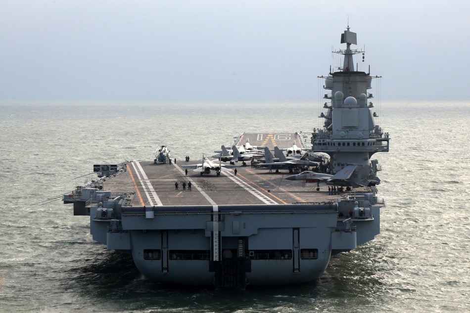 chinese-aircraft-carrier-liaoning-arrives-in-hainan-3