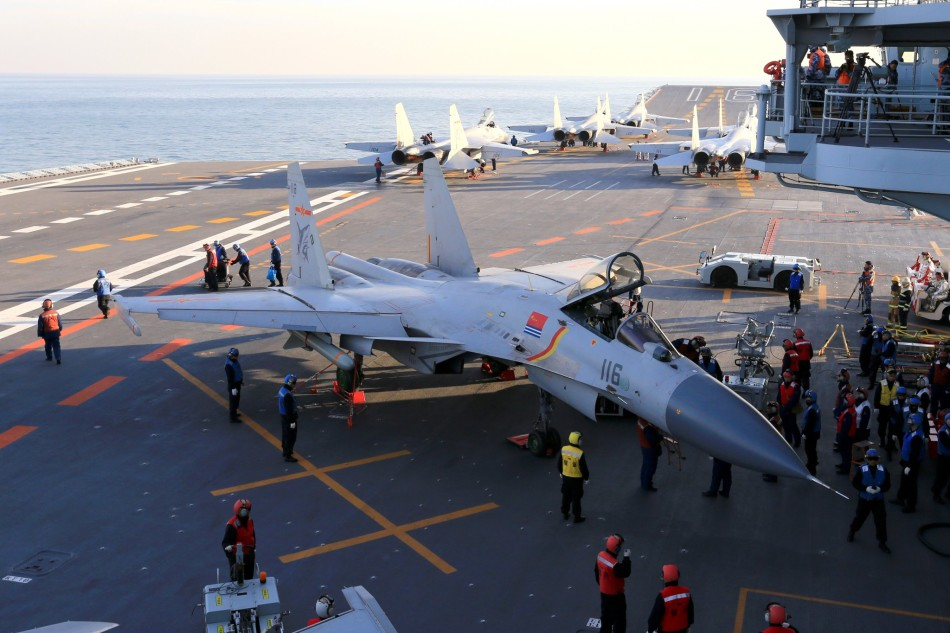 chinese-aircraft-carrier-liaoning-arrives-in-hainan-6