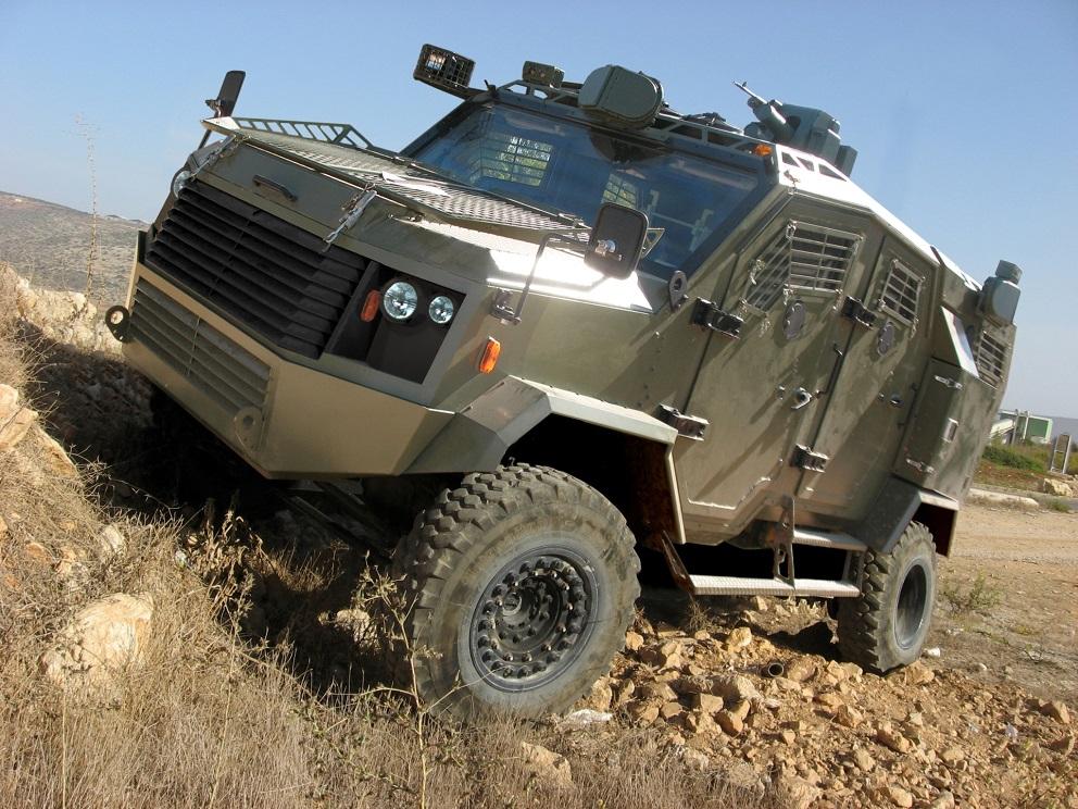 MERCADO DE BLINDADOS: Etiópia inicia a produção sob licença de veículos blindados 4×4 Thunder  de Israel