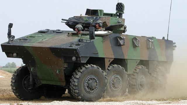 Nexter promove em Londres o VBCI 8×8 que vem usando na África e foi projetado para se manter operacional pelos próximos 30 anos