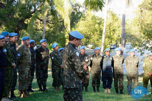 MINUSTAH: Homenagem aos militares falecidos no terremoto do Haiti, em 2010