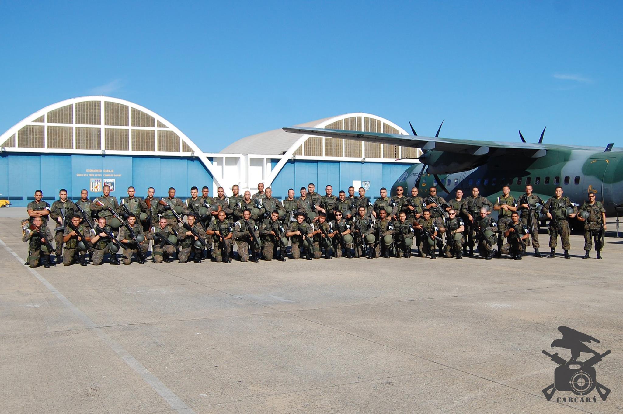 FAB PÉ DE POEIRA: Unidades de Infantaria da Aeronáutica de São Paulo participam da Operação Capixaba no Espírito Santo.