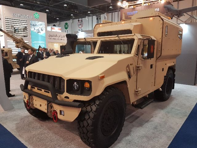 IDEX 2017: AM General LLC apresenta nova plataforma Multipropósito 4×4