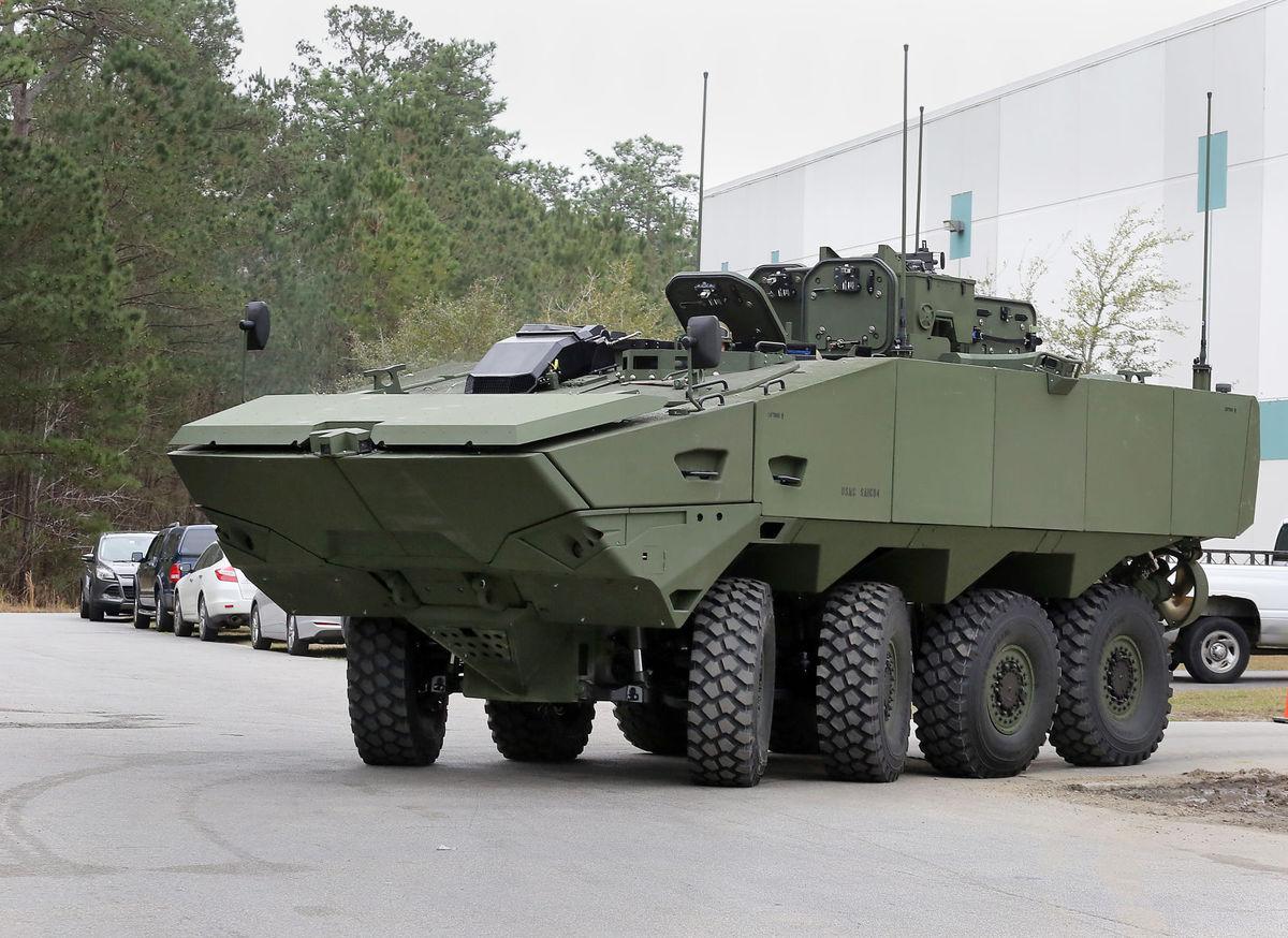 MERCADO DE BLINDADOS: SAIC apresenta seu primeiro protótipo do Veículo de Combate Anfíbio 1.1 para US Marine Corps