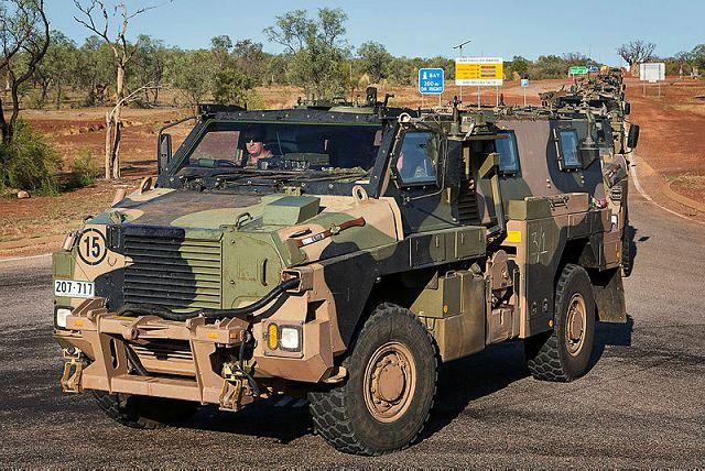 MERCADO DE BLINDADOS: Austrália vende blindados  Bushmaste 4×4 para a  República de Fíji