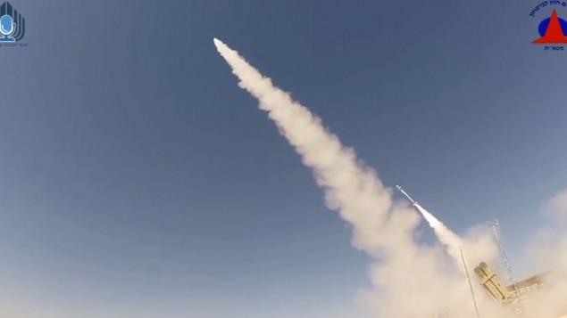Israel testa com sucesso  versão melhorada do Iron Dome