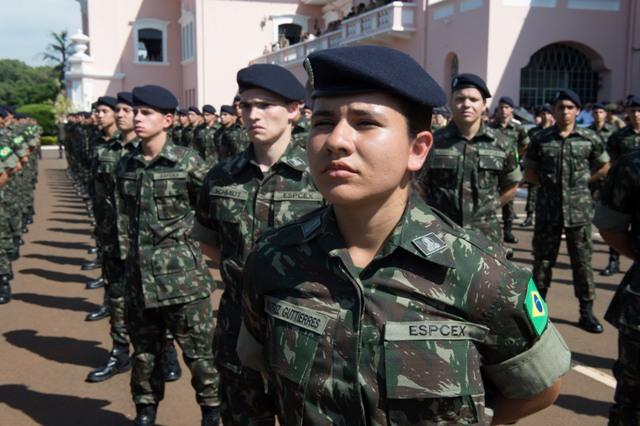 Exército Brasileiro: Primeiras mulheres ingressam na carreira de oficial combatente