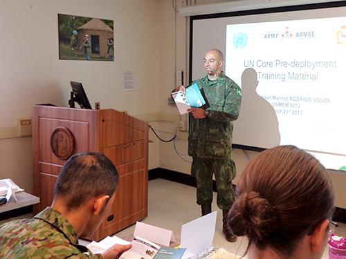 ADSUMUS: Fuzileiro Naval Brasileiro integra equipe de instrutores em curso no Canadá
