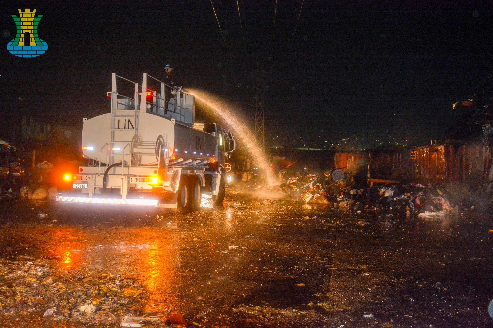 MINUSTAH: Companhia de Engenharia de Força de Paz realiza combate a incêndio em Cité Soleil