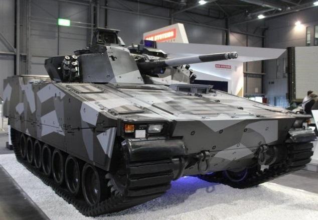BAE Systems Hägglunds oferece seu veículo de combate de infantaria CV-90 para a República Checa