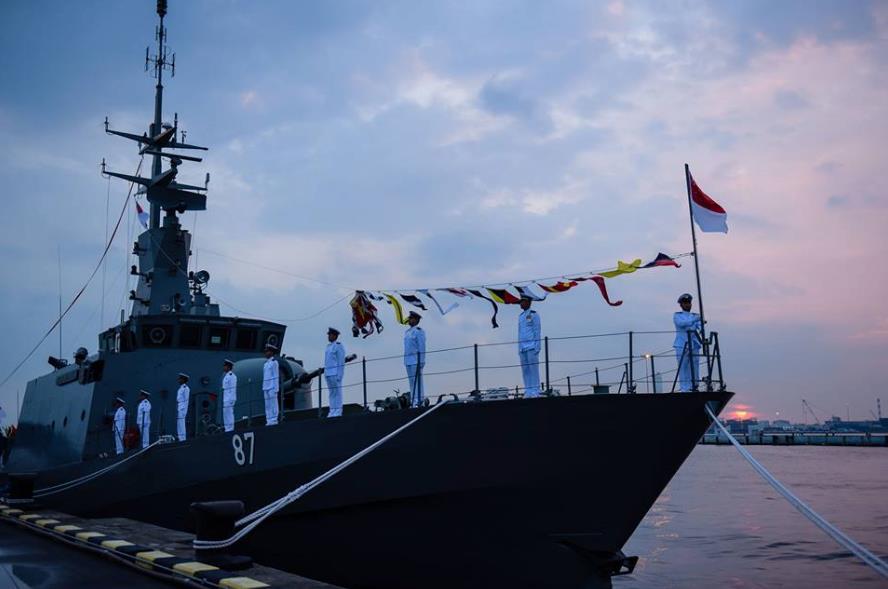 MERCADO DE USADOS: Oportunidade! Marinha de Singapura começa a dar baixa em seus patrulheiros construídos na metade final da década de 1990