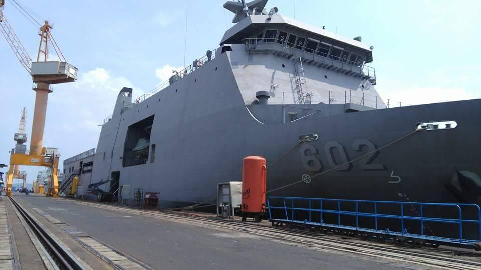 Meios Anfíbios: a Marinha das Filipinas está gastando 80 milhões de dólares para ter o 'Tarlac' e o 'Davao del Sur', dois navios-doca da famosa classe Makassar