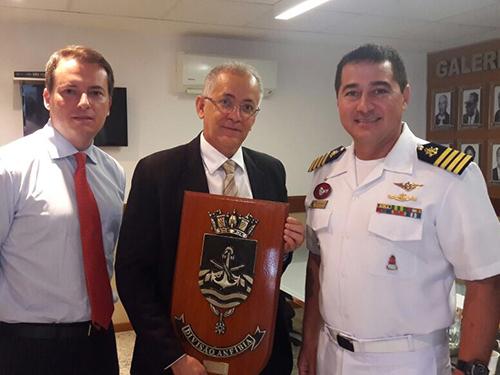 """ADSUMUS: Fuzileiros Navais agradecem apoio recebido durante a Operação """"Capixaba"""""""