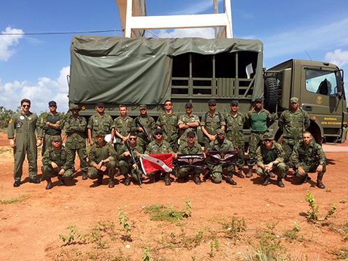 ADSUMUS: EsqdVF-1 e Fuzileiros Navais realizam operação conjunta