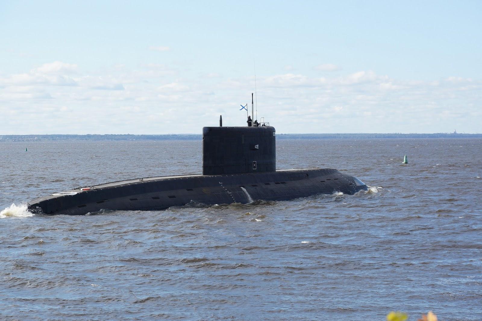 A corrida por submarinos no Sudeste Asiático! Rússia e China devem disputar o fornecimento de submersíveis à Marinha de Myanmar