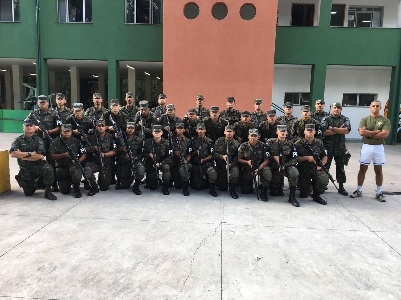 FAB PÉ DE POEIRA: COE da PMESP ministra instrução de conduta de patrulha para militares da Infantaria da FAB