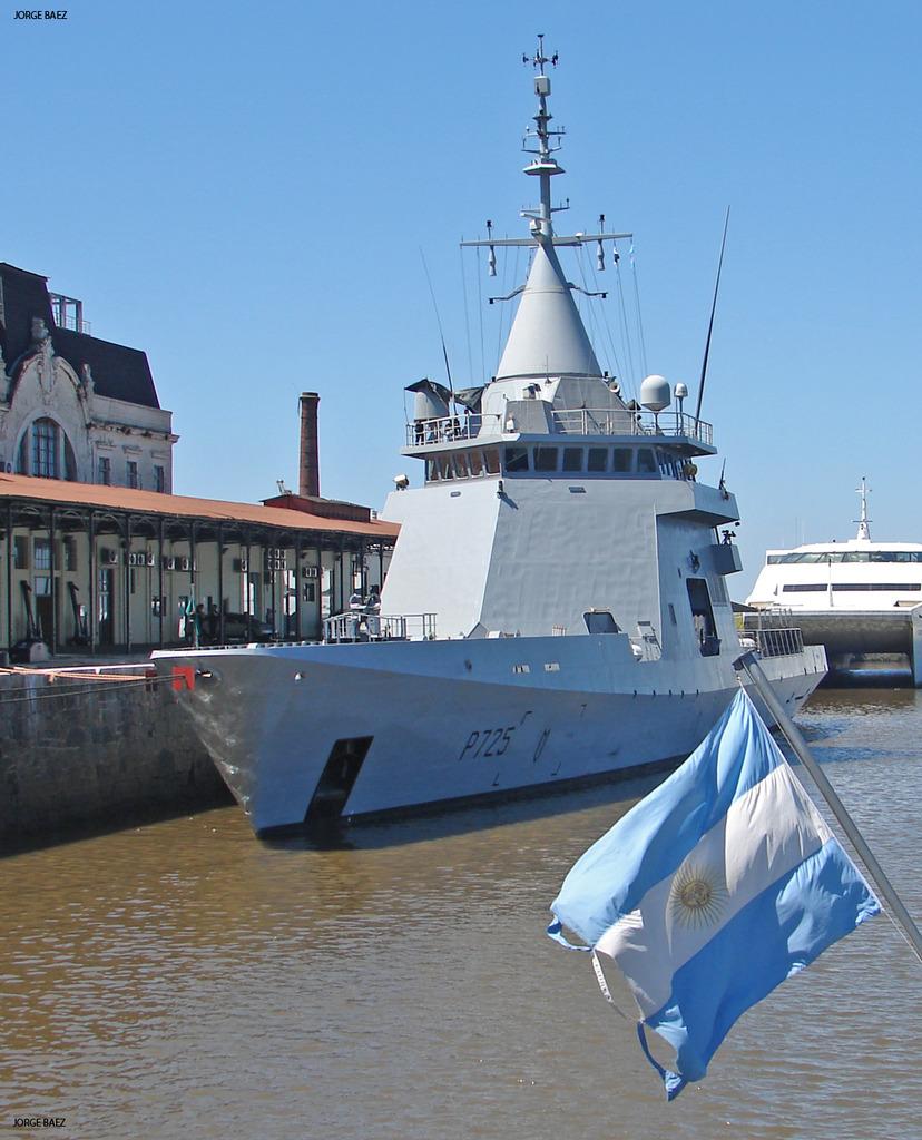 EXCLUSIVO: DCNS tenta aproveitar a escolha do embaixador argentino em Paris como novo chanceler do governo Macri, para vender ao governo de Buenos Aires 4 navios-patrulha classe L'Adroit