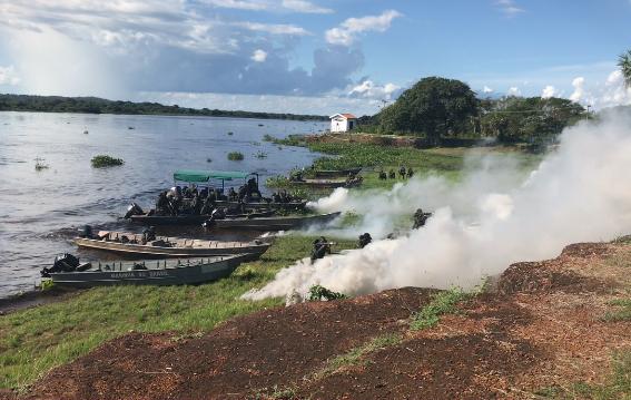 25º Batalhão de Infantaria Paraquedista (25º BI Pqdt) realiza operações no Pantanal