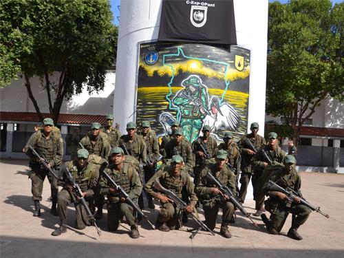 ADSUMUS: Grupamento de Fuzileiros Navais de Ladário (GptFNLa) realiza encerramento de curso Expedito de Operações no Pantanal (C-EXP-OPANT)