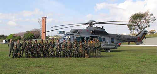 ADSUMUS:  Grupamento de Fuzileiros Navais de Brasília (GptFNB) realiza adestramento militar básico e individuais de combate