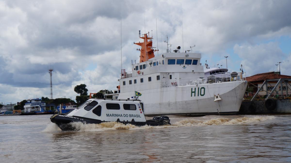 Marinha colabora com os serviços prévios à dragagem do Rio Madeira, que vai durar cinco anos (e, depois disso, ainda precisará ser monitorada…)