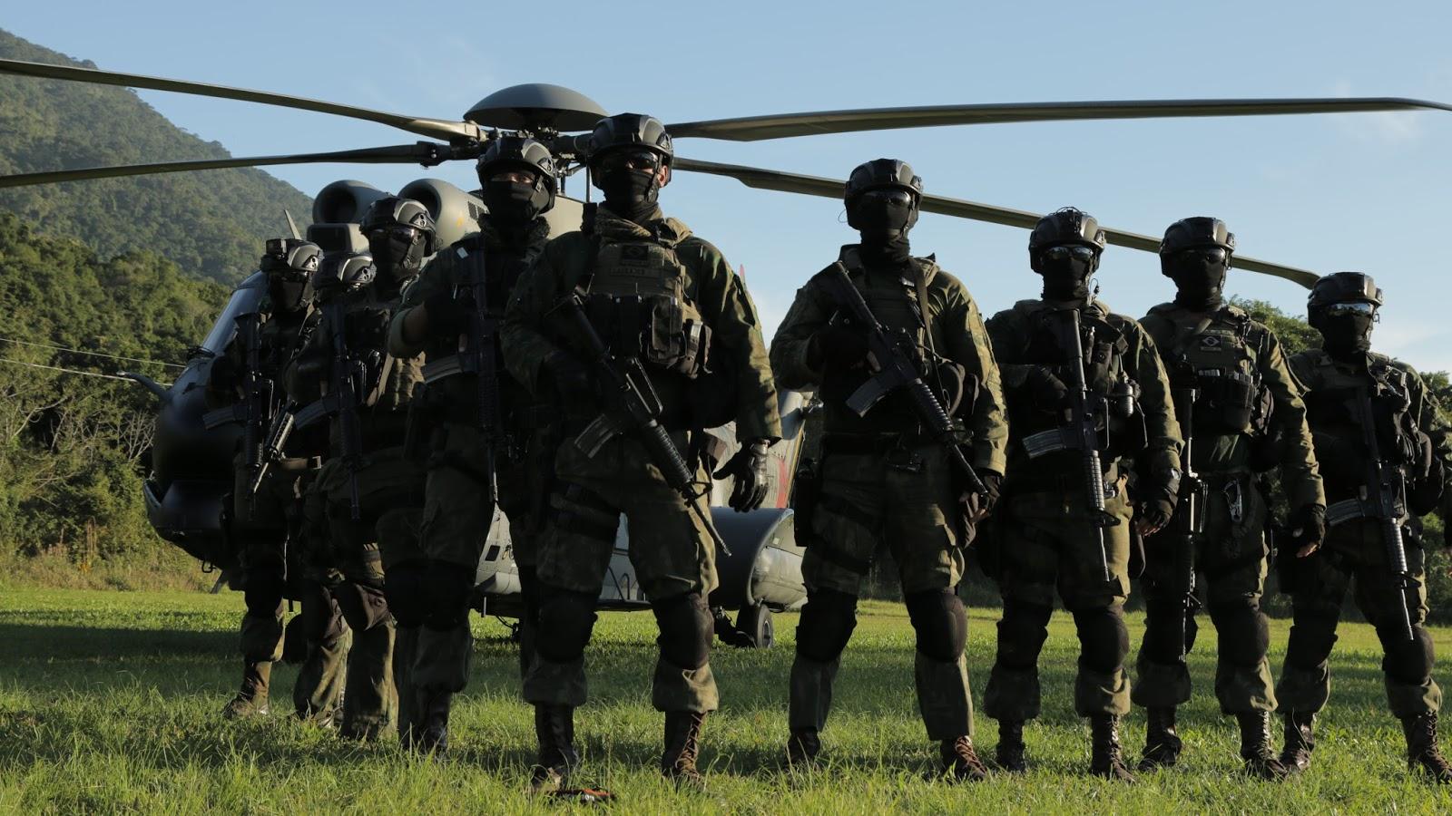 ADSUMUS: Reportagem do Programa Domingo Espetacular sobre o Treinamento do Comandos Anfíbios Unidade de Elite do Corpo de Fuzileiros Navais
