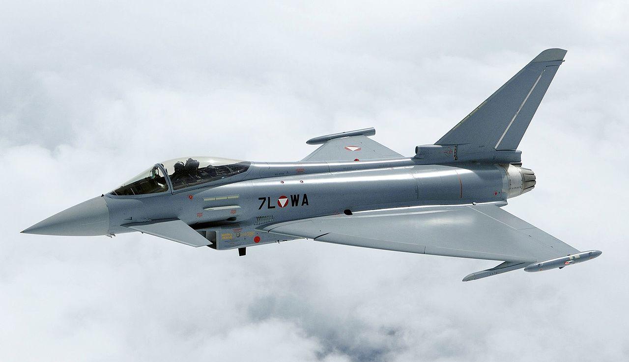Cuidado com os custos operacionais FAB! Áustria não está aguentando pagar a hora de voo do caça Eurofighter Typhoon, e examina substituí-lo pelo Gripen ou pelo F-16