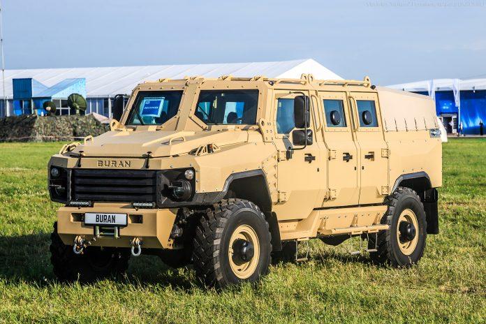 MERCADOS DE BLINDADOS: Empresa de defesa russa apresenta seu novo veículo blindado Buran 4 × 4