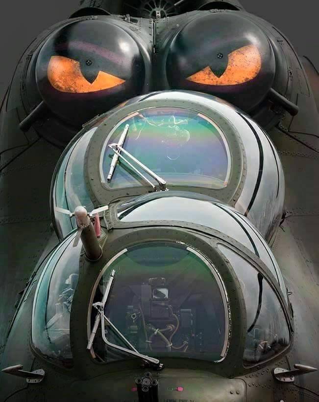 Mi 35 das Forças Armadas Russas na Síria é flagrado com sistema de Auto-defesa President-S