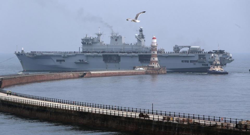 GALERIA: 'Royal Navy' anuncia que, em sua última missão, HMS 'Ocean' vai liderar um 'Task Group' no Oriente Médio; depois virá a baixa (e, talvez, a Marinha do Brasil…)