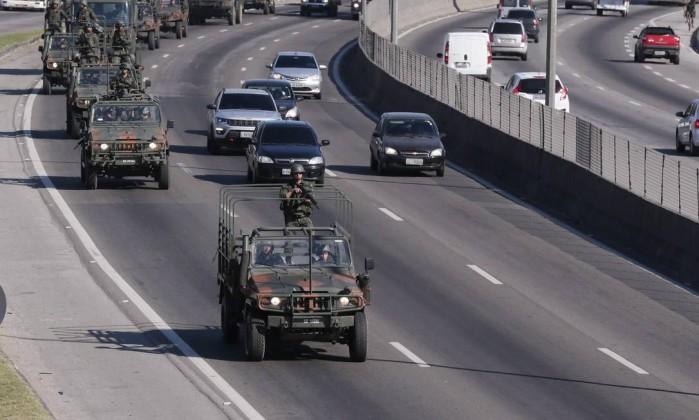 Presidente da República assina decreto que autoriza atuação das Forças Armadas no Rio de Janeiro