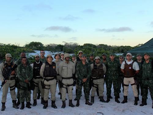 ADSUMUS: Grupamento de Fuzileiros Navais de Salvador (GptFNSa) realizam  instrução para policiais militares no litoral norte da Bahia