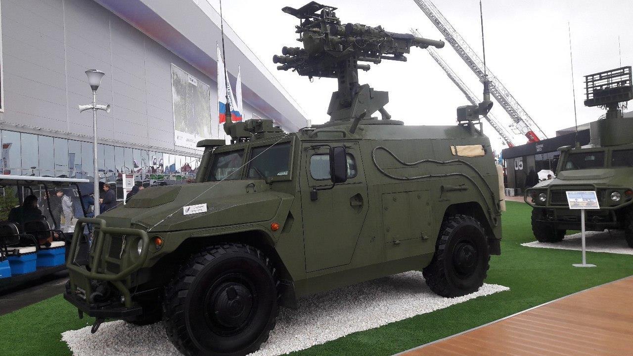 Army-2017: Gaz Tigr Antiaéreo