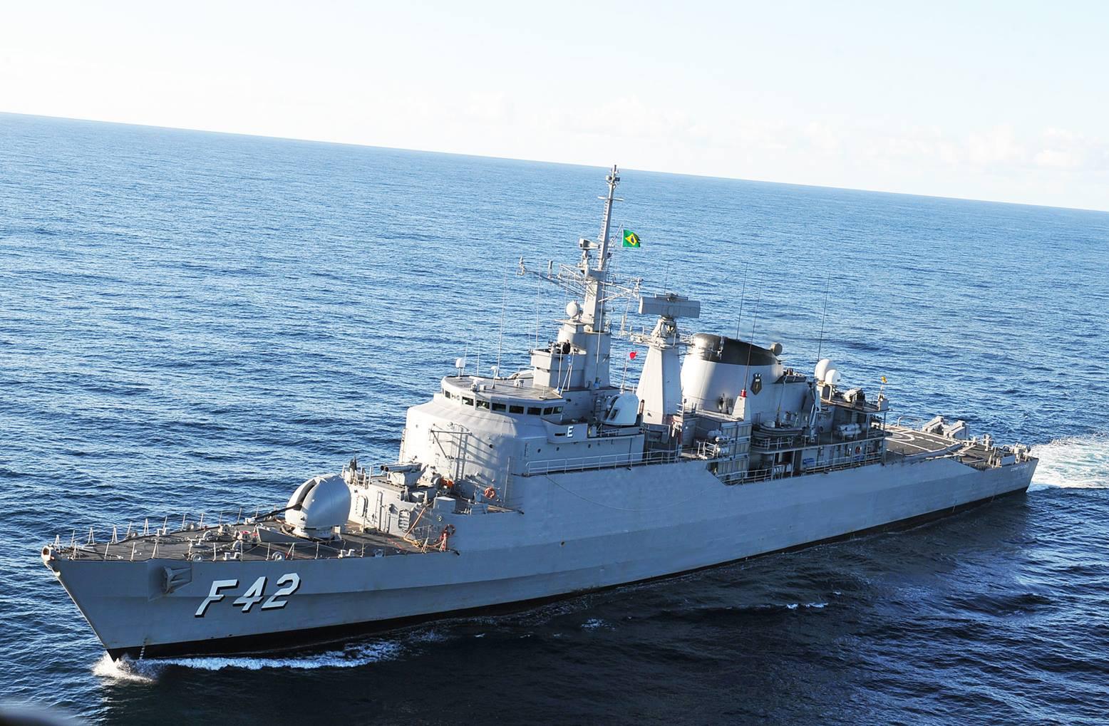 As veteranas no mar outra vez! MB manda para exercício com os argentinos 3 das suas fragatas mais cotadas para a baixa (que, agora sabemos,ainda terão um bom tempo na ativa…)