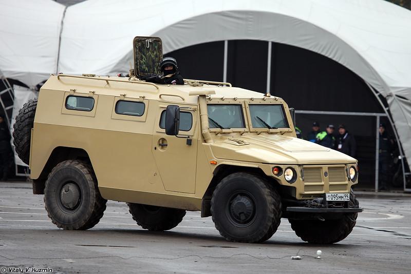 Egito interessado em adquirir veículos Blindados Gaz Tigr