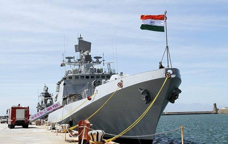 Comandante Naval do Sul da Marinha Indiana revela: sua Força planeja ter, no prazo de dez anos, 200 navios militares em operação