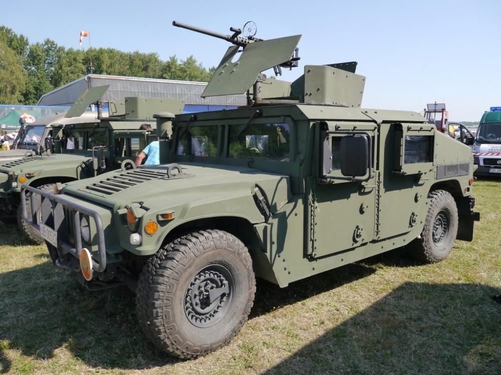 AM General recebe contrato de US $ 2,2 bilhões para a produção de 11.569 HMMWV para os EUA