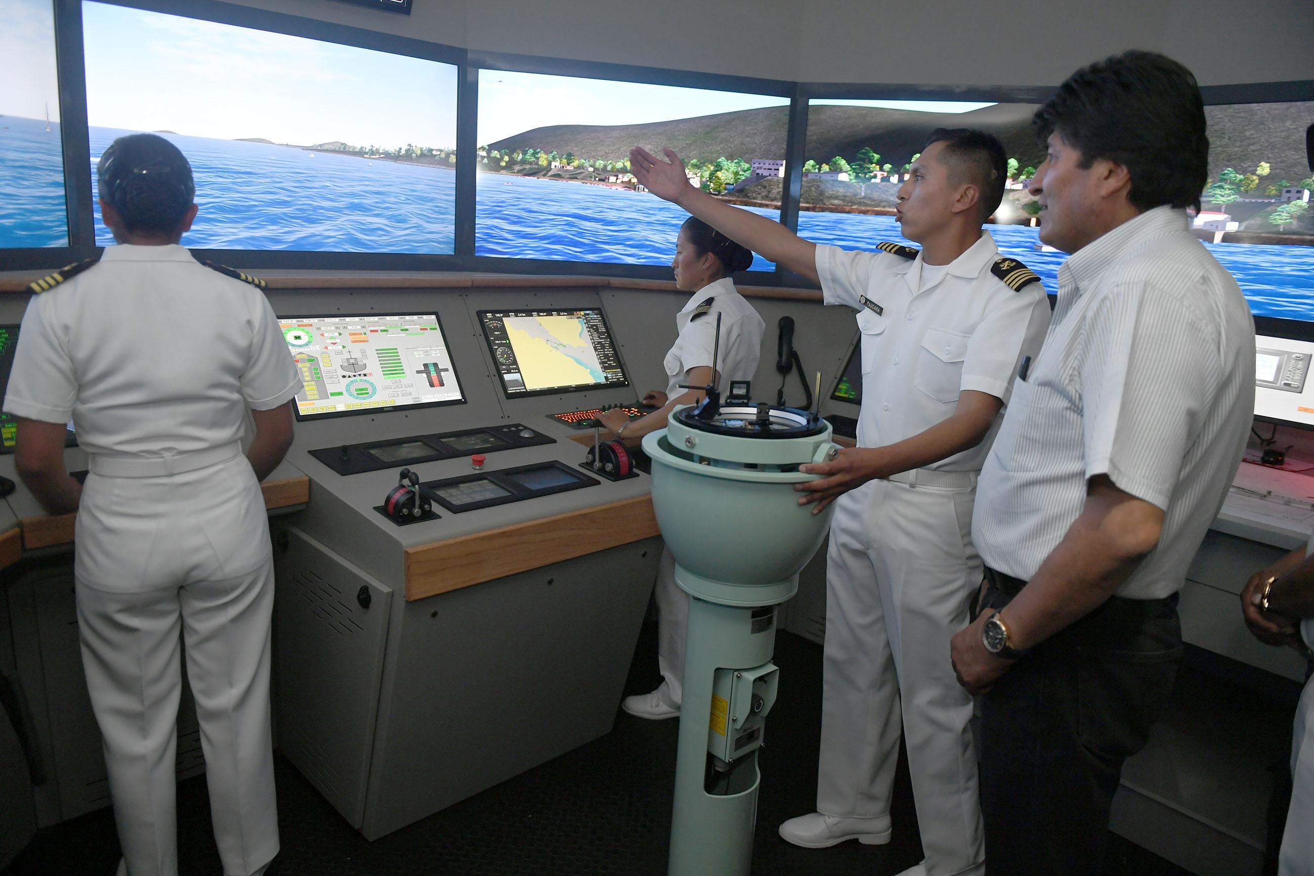 ESPECIAL Para quando o Mar Chegar! Armada Boliviana inaugura simulador que reproduz operação com fragatas e corvetas, custou quase meio milhão de dólares e usa software russo